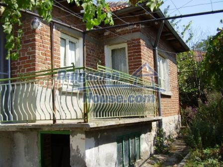 9420:17 - Cozy Bulgarian house for sale near Elhovo town