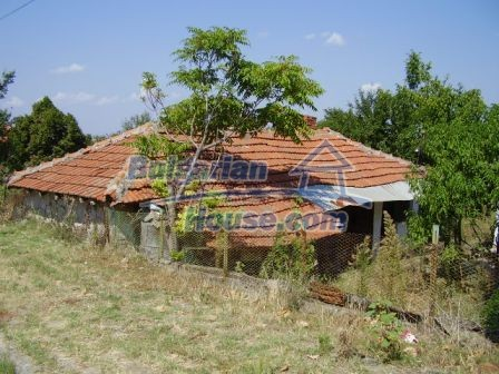 9420:19 - Cozy Bulgarian house for sale near Elhovo town
