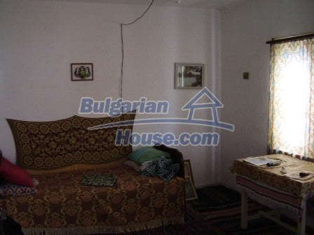 9420:8 - Cozy Bulgarian house for sale near Elhovo town