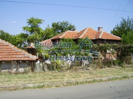 9420:22 - Cozy Bulgarian house for sale near Elhovo town