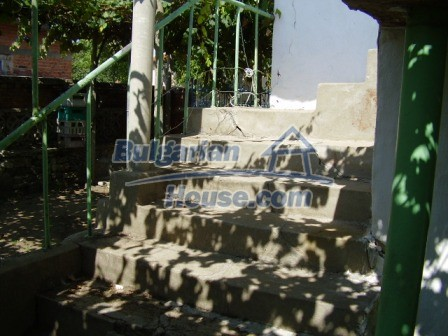 9423:3 - Cheap Bulgarian property in a calm and nice village