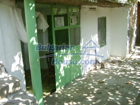 9423:4 - Cheap Bulgarian property in a calm and nice village
