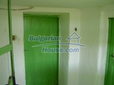 9423:5 - Cheap Bulgarian property in a calm and nice village