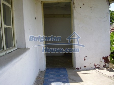 9423:8 - Cheap Bulgarian property in a calm and nice village