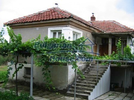 9429:1 - Property for sale in Elhovo region, near the Turkish border