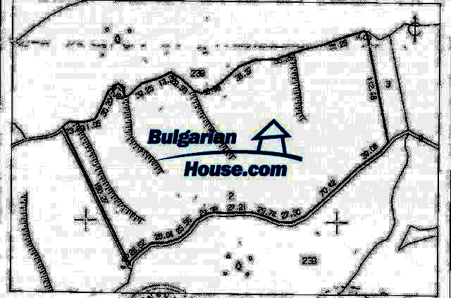 9433:1 - Big plot of bulgarian land for sale in Elena