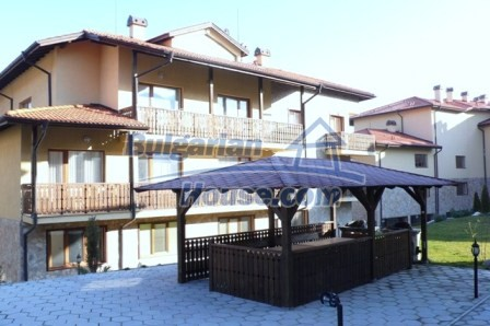 9453:30 - Four bedroom bulgarian apartment for sale in Bansko
