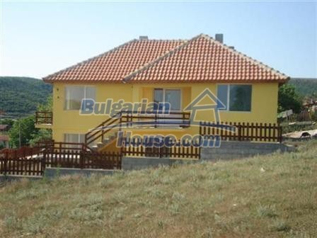 9867:1 - Charming house for sale in Bulgaria only 3km away from the sea