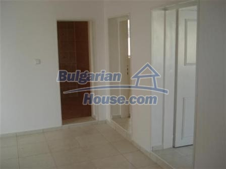 9867:16 - Charming house for sale in Bulgaria only 3km away from the sea