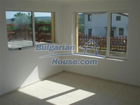 9867:19 - Charming house for sale in Bulgaria only 3km away from the sea