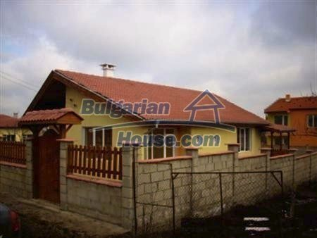 9868:1 - Bulgarian house for sale near the sea and lake in Varna region