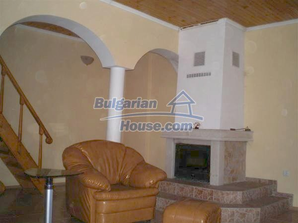 9868:12 - Bulgarian house for sale near the sea and lake in Varna region