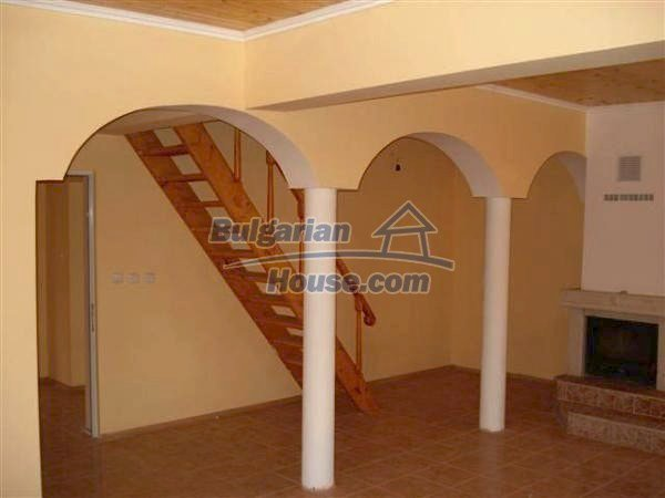 9868:15 - Bulgarian house for sale near the sea and lake in Varna region