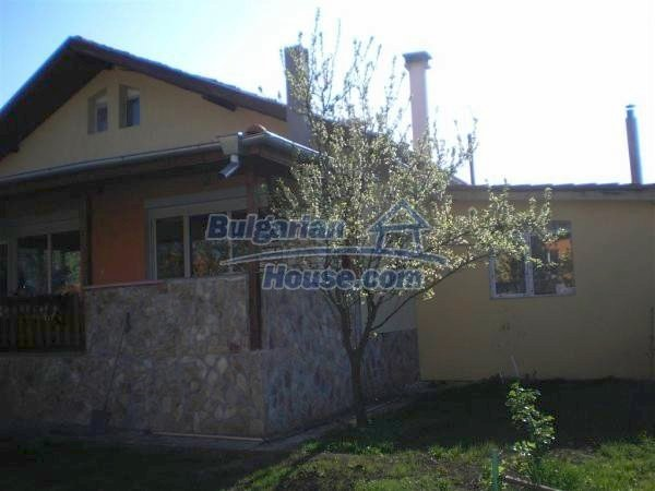 9868:3 - Bulgarian house for sale near the sea and lake in Varna region