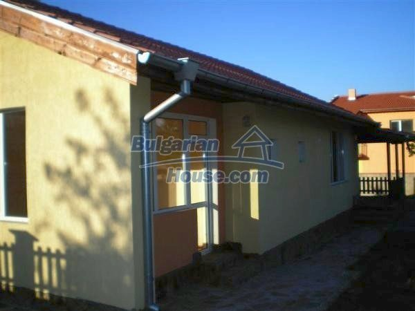9868:4 - Bulgarian house for sale near the sea and lake in Varna region
