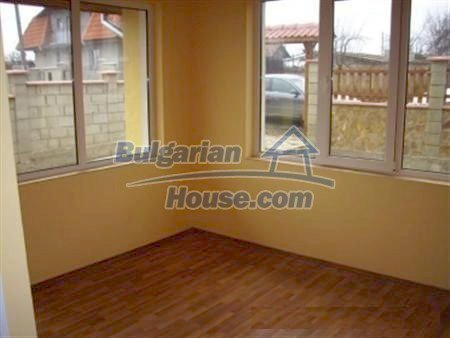 9868:8 - Bulgarian house for sale near the sea and lake in Varna region