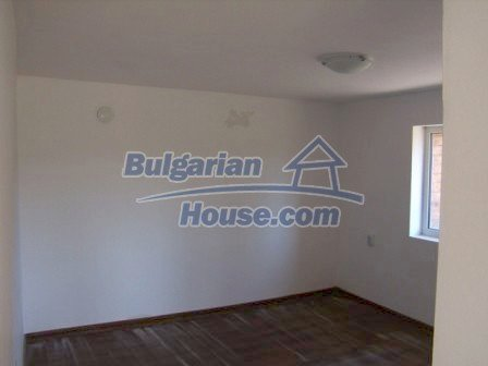 9965:12 - House for sale in Bulgaria in perfect condition near Elhovo