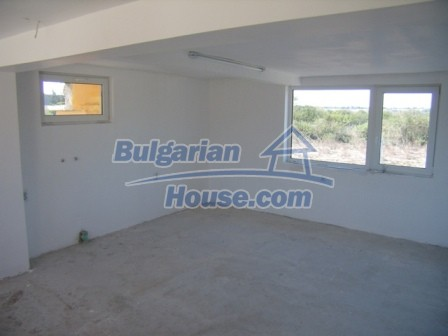 9965:10 - House for sale in Bulgaria in perfect condition near Elhovo