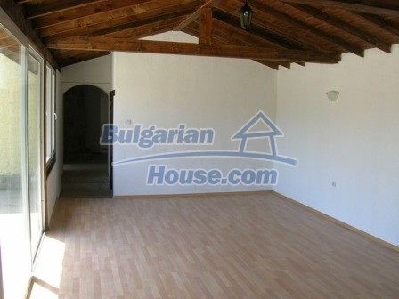 10002:12 - Charming renovated property for sale near Black sea near Dobrich