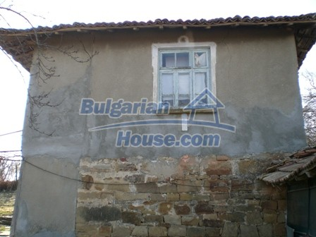 10094:6 - Old traditional Bulgarian house for sale near dam lake