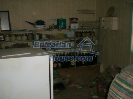 10094:16 - Old traditional Bulgarian house for sale near dam lake