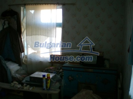 10094:19 - Old traditional Bulgarian house for sale near dam lake