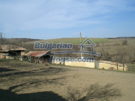 10094:28 - Old traditional Bulgarian house for sale near dam lake