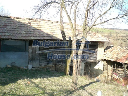 10094:34 - Old traditional Bulgarian house for sale near dam lake