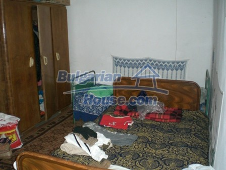 10095:20 - Cheap traditional Bulgarian property for sale