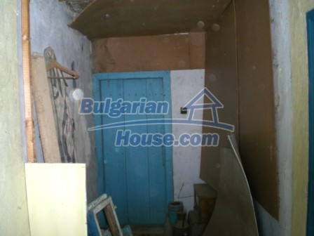 10096:16 - Bulgarian Rural house for sale near Veliko Tarnovo and dam lake
