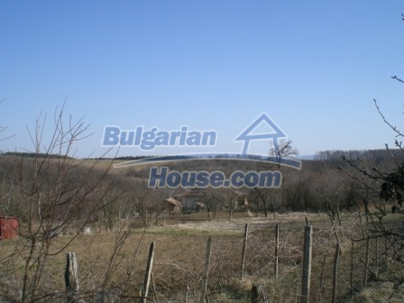 10096:17 - Bulgarian Rural house for sale near Veliko Tarnovo and dam lake