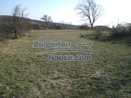 10096:18 - Bulgarian Rural house for sale near Veliko Tarnovo and dam lake