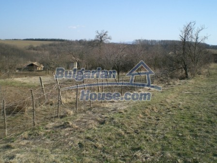10096:20 - Bulgarian Rural house for sale near Veliko Tarnovo and dam lake