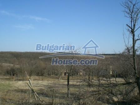 10096:22 - Bulgarian Rural house for sale near Veliko Tarnovo and dam lake
