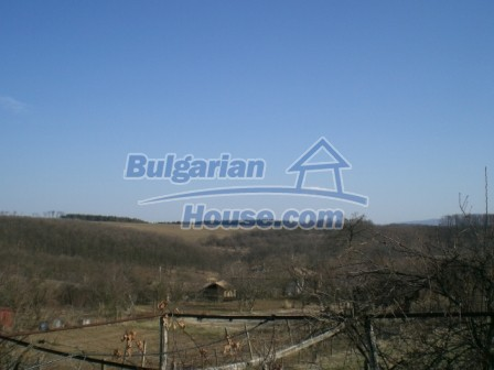 10096:24 - Bulgarian Rural house for sale near Veliko Tarnovo and dam lake