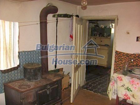 10098:12 - Rural House in Vratsa region Bulgaria for sale