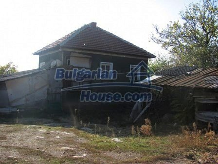 10098:17 - Rural House in Vratsa region Bulgaria for sale