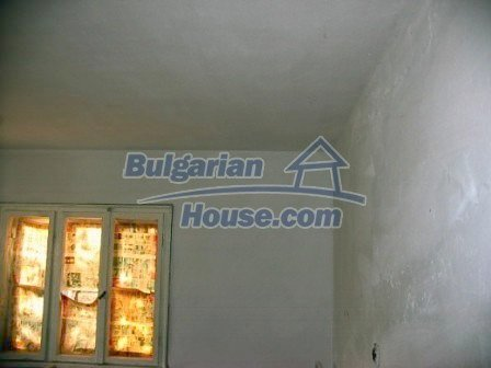 10099:13 - Two storey traditional house for sale in Bulgaria near Vratsa