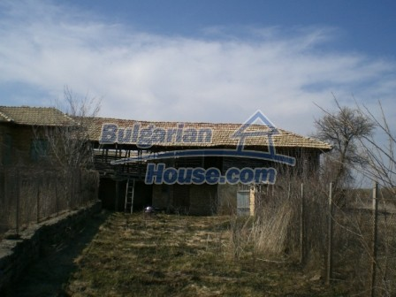 10113:7 - A cheap bulgarian house for sale in picturesque village near Tar
