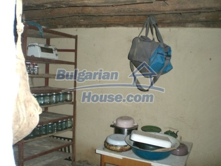 10113:9 - A cheap bulgarian house for sale in picturesque village near Tar