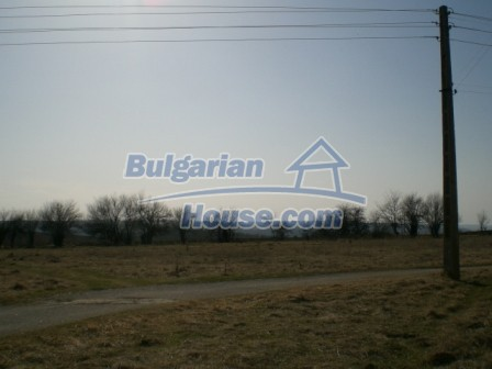 10113:25 - A cheap bulgarian house for sale in picturesque village near Tar