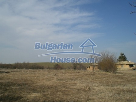 10113:27 - A cheap bulgarian house for sale in picturesque village near Tar