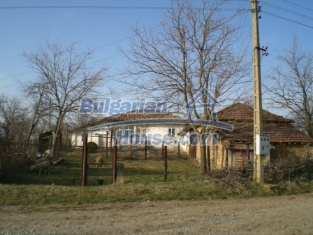 10114:2 - Cheap bulgarian house for sale with big garden