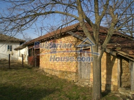 10114:5 - Cheap bulgarian house for sale with big garden