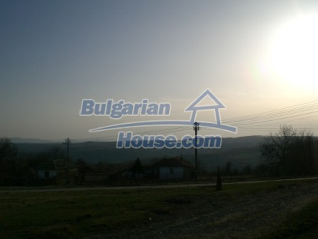 10114:6 - Cheap bulgarian house for sale with big garden