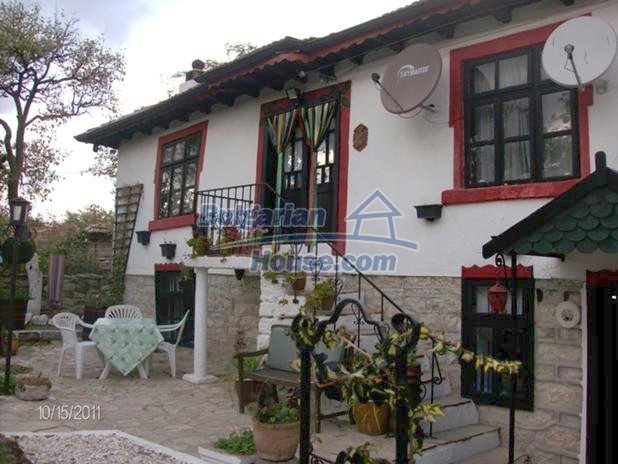 10124:1 - Luxury Bulgarian house 18km from Varna with swimming pool