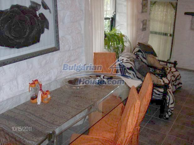 10124:11 - Luxury Bulgarian house 18km from Varna with swimming pool