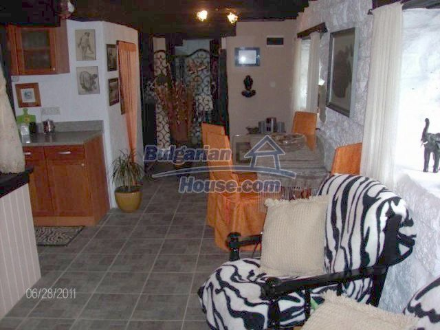 10124:10 - Luxury Bulgarian house 18km from Varna with swimming pool
