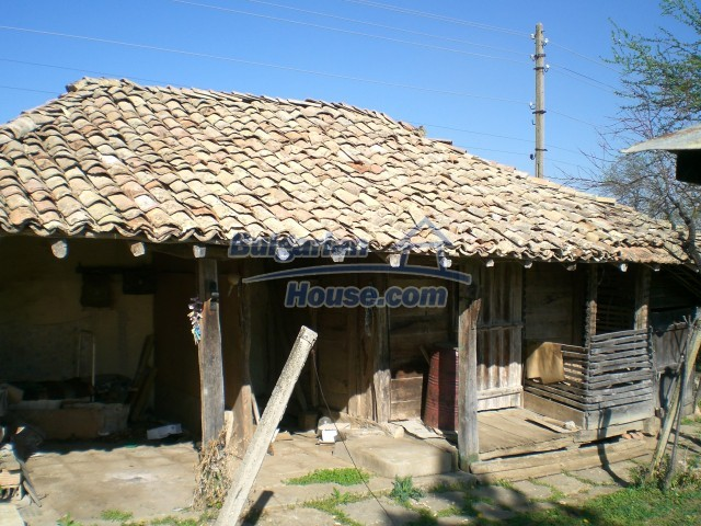 9210:41 - BARGAIN  House for sale in Bulgaria, near Targovishte