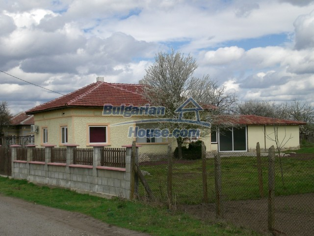 10002:22 - Charming renovated property for sale near Black sea near Dobrich